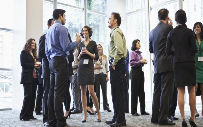 Networking: Be Spiderman!